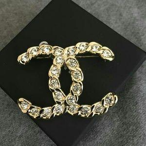 Chanel XL CC Logo Coronation Crystal Gold Brooch